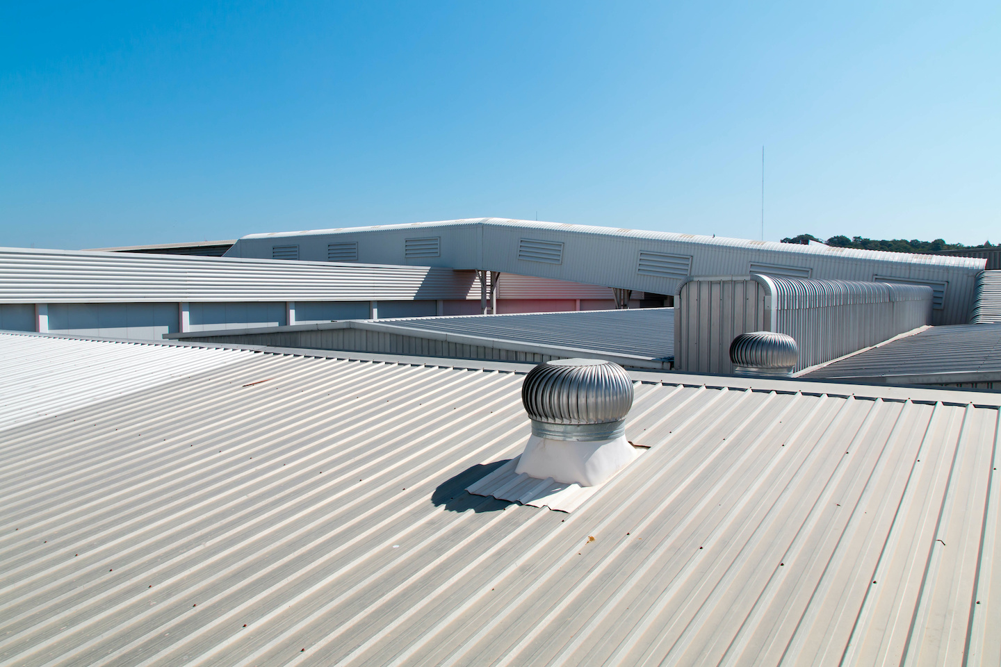 Metal Roofing on Commercial Building